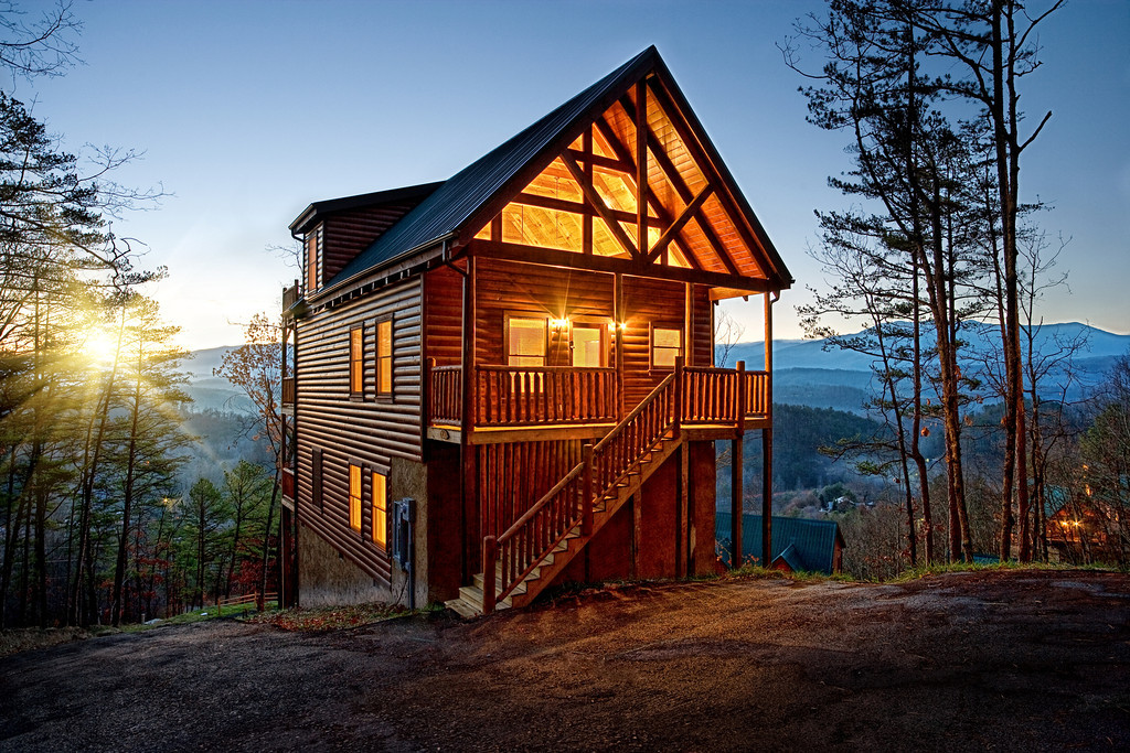 Smoky Mountain Resort Cabin at Daybreak