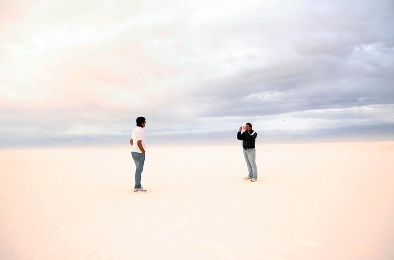 白沙上的云图