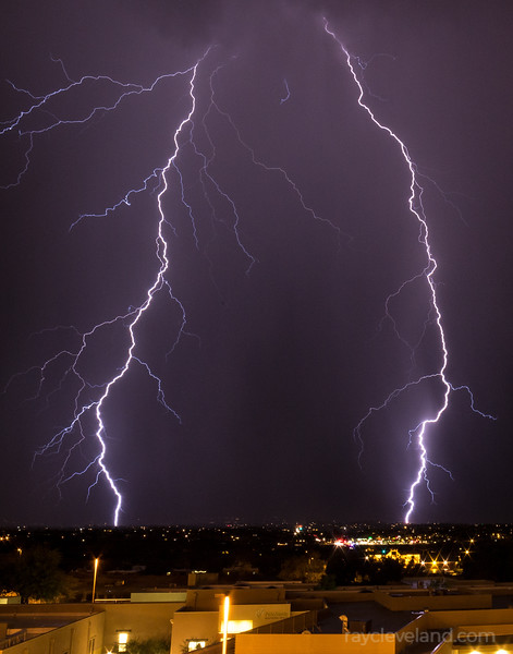 Monsoon Lightning (July 26, 2016)