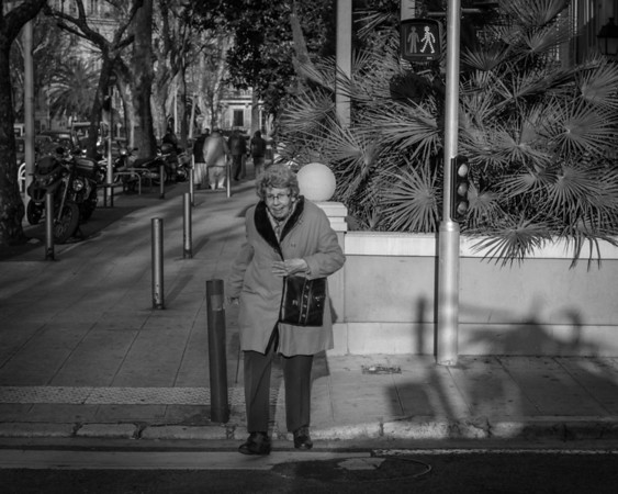 36 images from the streets of Nice