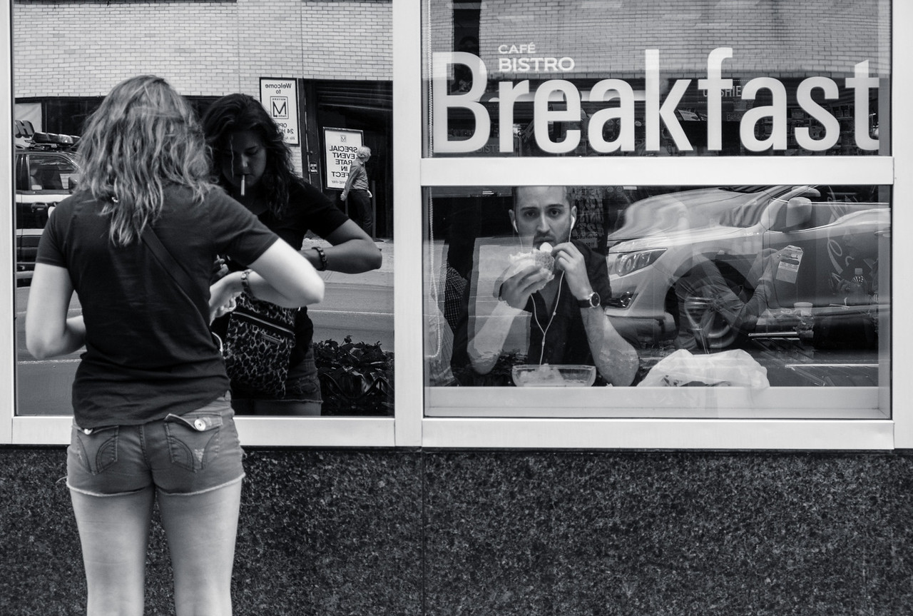 Breakfast time, NYC