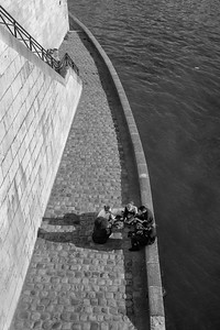 Relaxing along the Seine river