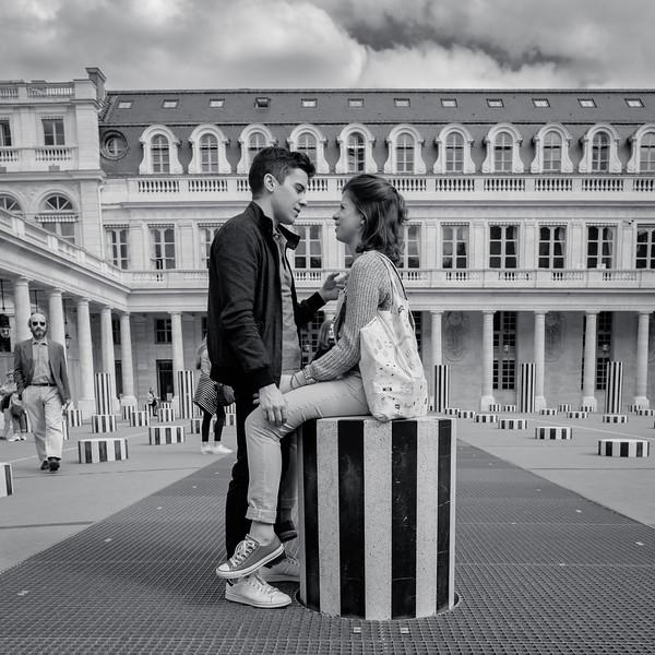 Love is in the air - Palais Royal, Paris