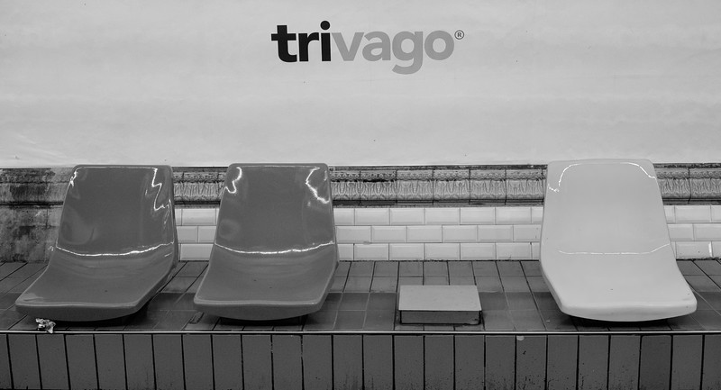 Trivago - Three seats