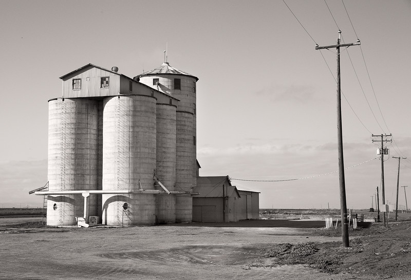 Grain storage silo, state highway 33, California