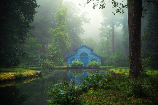 The blue cabin II