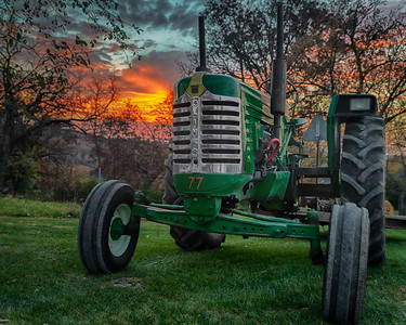 Fall Festival Sunrise (Oliver Tractor) 3 (1 of 1)-2