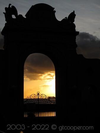 """Sunset Photography"" World War I Memorial Oahu, Hawai'i"