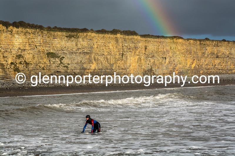 Rainbow surf.