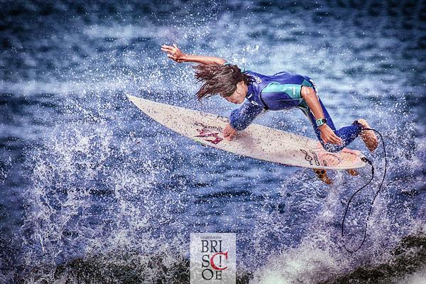 Surfing at windansea