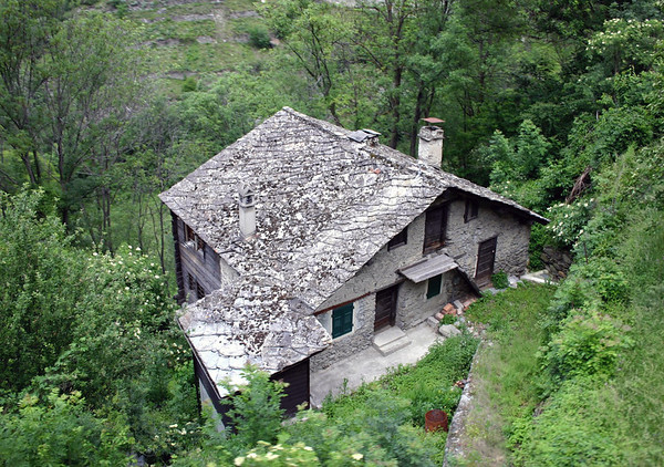 Stone-roof home near town of Stalden - along the Matter Valley - canton of Valais