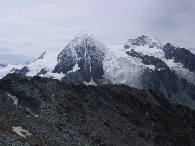 Another glacier visible from Le Col des Otanes