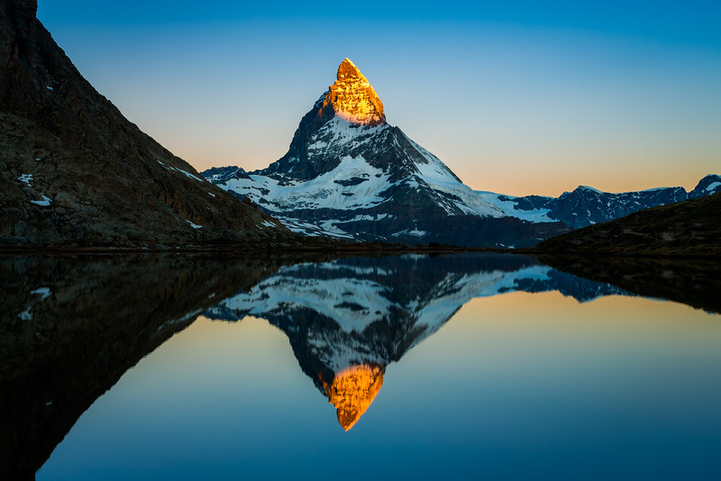 Matterhorn sunrise / Riffelsee, Switzerland