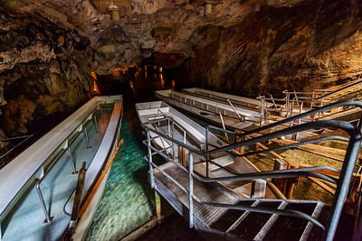 Saint-Léonard Underground Lake
