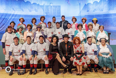 Full cast of Damn Yankees.