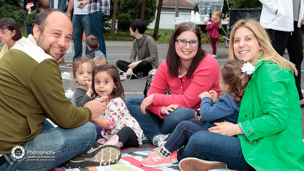 Familes with Young Children: Hot Dog Shabbat @ TBS