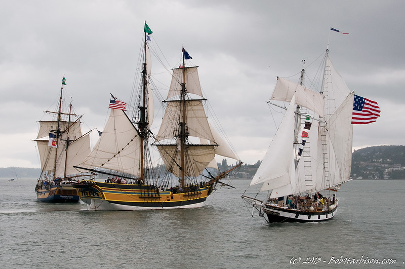 Hawaiian Chieftan, Lady Washington and Lynx in a cannon battle.