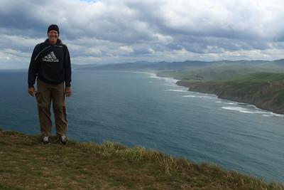 Atop Castle Rock (Matira) - SWward towards Uruti Point - Wellington region (NE area) - North Island (Pacific Ocean side) - New Zealand.
