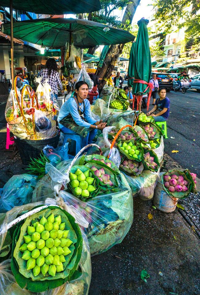 Bangkok lily peddlers