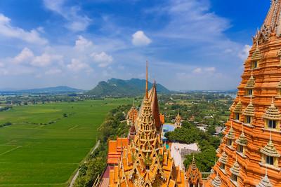 Wat Tham Sua (Tiger Cave Temple), Kanchanaburi, Thailand (2)