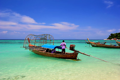 Sea Gypsies (Chao Le) Fisherman Heading Out (Andaman Sea, Koh Lipe, Thailand)