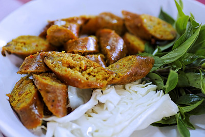 Northern Thai Spicy Sausage (Sai Oua)