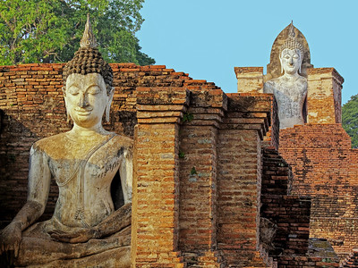 Housed Buddhas, Wat Mahathat, Sukhothai, Thialand