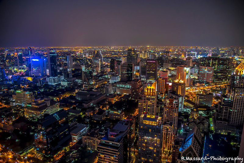 Night upon the city
