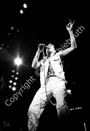 06-The Clash-Centrum-4-13-84