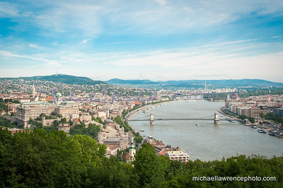 "Danube River with ""Buda"" to the left and ""Pest"" to the right"