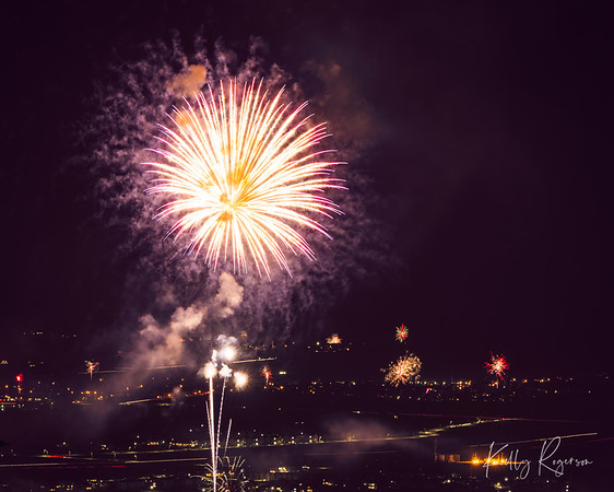 Firework from Thanksgiving Point. Lehi, Utah.