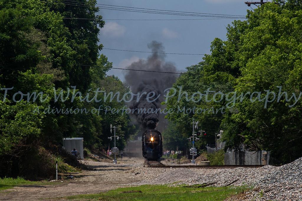N&W 611 arrives in Petersburg, VA.