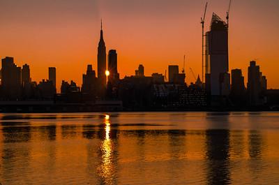 Manhattan Reverse Henge