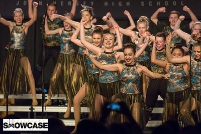 ChicagolandShowcase_Hersey-CenterStage__Z0A6969