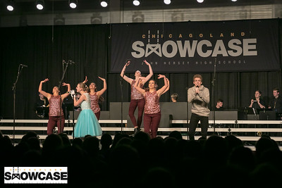 ChicagolandShowcase_Hersey-OnStage_IMG_0141