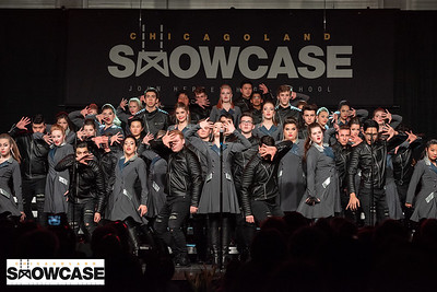 Showcase 2019_Naperville North-Entourage_DSC_8289