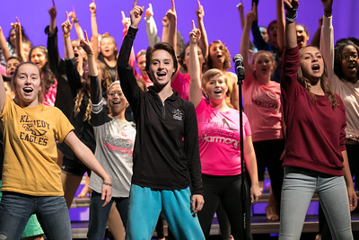 NNHS Show Choir (2017-09-12)_030