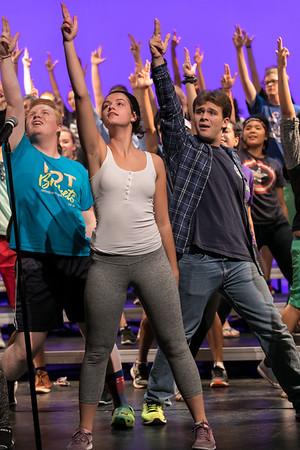 NNHS Show Choir (2017-09-12)_032