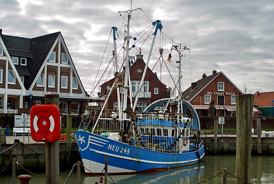 Fischerboot | Neuharlingersiel, Germany - 0060
