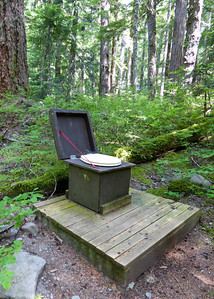 Pyramid Creek Backcountry crapper, MORA