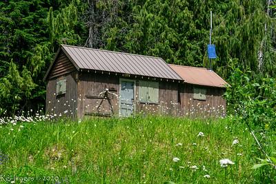 Patrol cabin at Low Divide.