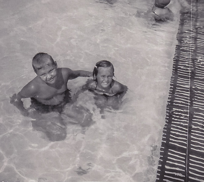 1953_07 Bob Shirley Flanders Pool