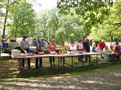Coon Dog Memorial Graveyard's 75th Celebration (6)