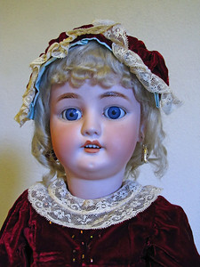 27-inch, Bergman, German, Blue eyes, red velvet dress