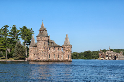 Boldt Castle 0527 EDIT LOGO
