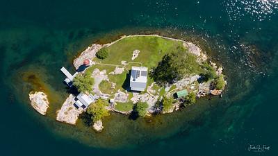 Crossover Island _0808 LOGO