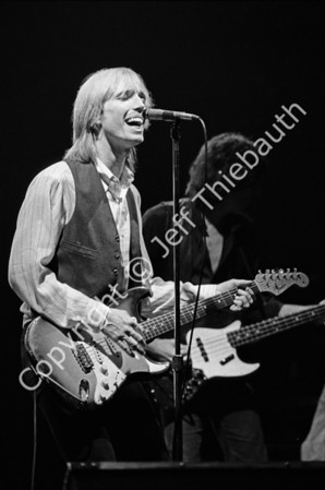 02-Tom Petty and the Heartbreakers-Orpheum-11-9-79