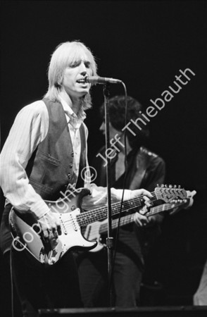 03-Tom Petty and the Heartbreakers-Orpheum-11-9-79
