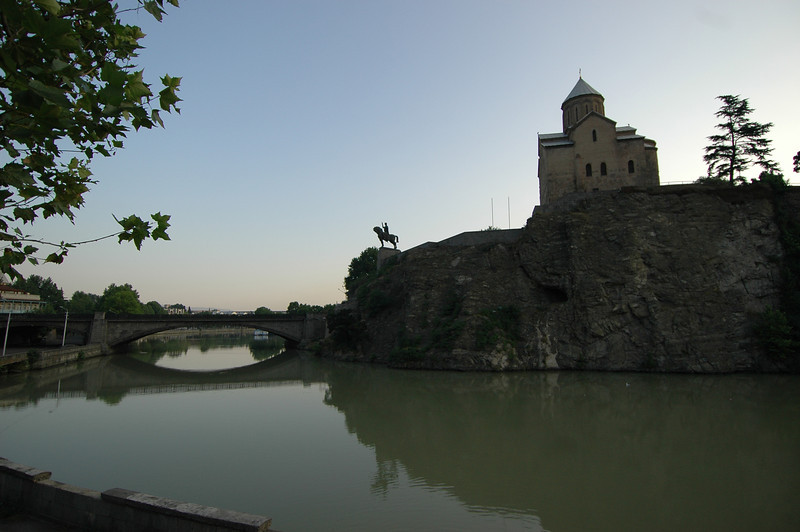 050730 8343 Georgia - Tbilisi - Around Town _E _H _L ~E ~L