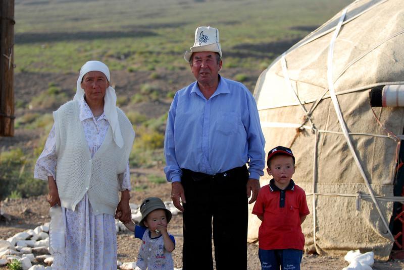 060723 2242 Kyrgystan - Lake Issuk-Kul - Drive from Airport _D _E _I ~E ~L